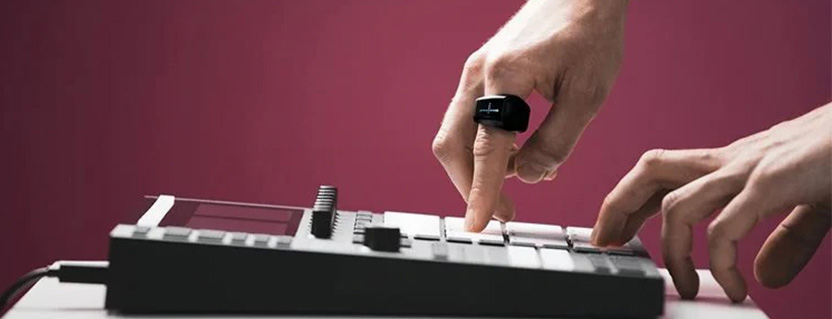 Bluetooth LE wearable gives musicians intuitive control of their performance